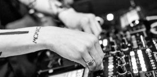 Los DJs y sus set pre-grabados
