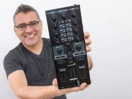 Reloop Mixtour Review por DJ Clev
