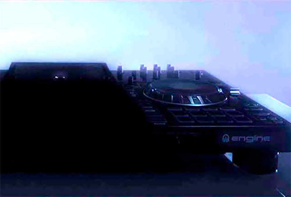 Denon DJ Controlador